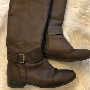 Ticker and Tate girls boots